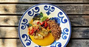 Aprenda a preparar uma receita deliciosa com o pescado, que se destaca por sua carne branquinha, firme e sem espinhos