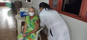A campanha de vacinação contra a Covid-19 está sendo fiscalizada por promotores de Justiça em todos os municípios do Estado