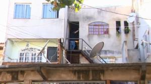 Vizinhos contaram que vítima já tinha sido ameaçada. De acordo com o titular da DHPP de Vitória, delegado Marcelo Cavalcanti, nenhuma hipótese está descartada por enquanto