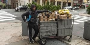 Amazon to Suspend Delivery Service That Competes With UPS, FedEx