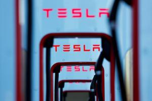 Tesla Model 3 deliveries zoom past expectations, United States News