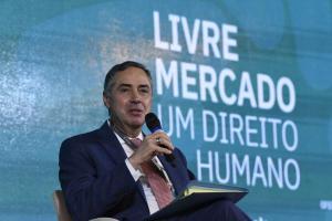 Presidente da República disse que a decisão de mandar instalar a CPI da Covid foi política