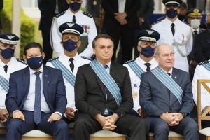 O presidente participou da cerimônia em homenagem ao Dia do Aviador e da FAB, em que foi feita a apresentação oficial do caça F-39 Gripen, desenvolvido em parceria pelo Brasil e Suécia