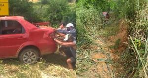 A família, que é de Pancas, saiu da maternidade e estava indo para casa quando o carro capotou próximo a Colatina na tarde deste domingo (14)