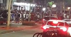 Imagens revelam que evento ilegal que aconteceu até as 5h deste domingo (21). Prefeitura e polícia pedem conscientização dos frequentadores