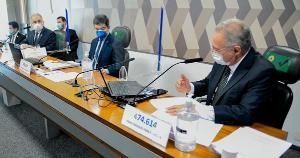 A declaração foi dada logo na fala inicial do ministro aos senadores, antes do interrogatório do relator, Renan Calheiros (MBD-AL)