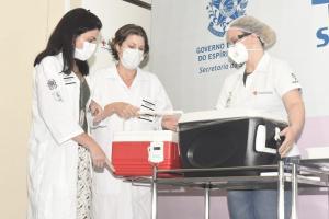 Ordem de vacinação segue plano do Ministério da Saúde. De acordo com o governador Casagrande, existe a possibilidade de esse público já receber a dose do primeiro lote da Coronavac