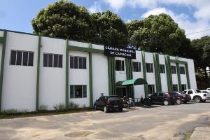 Cariacica, por exemplo, manteve 11 dos 19 vereadores da cidade. Veja a situação de cada Câmara do Espírito Santo
