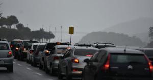 Há previsão para as regiões Sul e Central do Estado, mas, segundo o Climatempo, também não está descartada a possibilidade de chuva na região da Grande Vitória