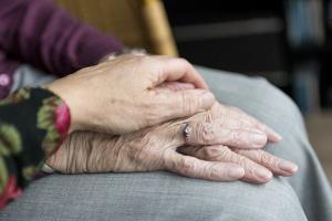 Apesar de o envelhecimento ser um processo natural, não é sinônimo de falências e incapacidades quando acontece com saúde e qualidade de vida