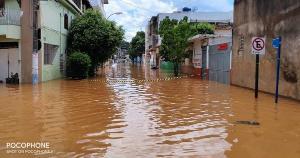 Estado contabilizou 761 desalojados e 59 desabrigados na tarde desta segunda-feira (22); Divino de São Lourenço e Mimoso do Sul registram vítimas