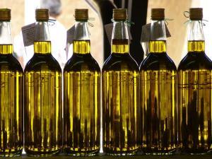 Análises feitas pelo Laboratório Federal de Defesa Agropecuária do Rio Grande do Sul constataram mistura de óleo de soja, corantes e aromatizantes