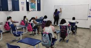 Somente crianças de 0 a 3 anos e estudantes com comorbidades poderão optar por continuar com aulas não presenciais na rede municipal
