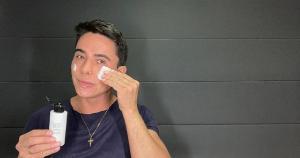 O produto consegue fazer com que a limpeza da pele seja ainda mais profunda e eficaz