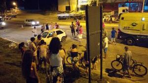 O acidente ocorreu no início da noite de sábado (3), no km 125,8 da BR 101, no Norte do Estado. A pista ficou interditada até as 21h