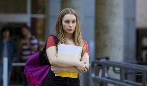 Após a eliminação da atriz do 'BBB 21', foram divulgadas imagens inéditas dos filmes 'A Menina que Matou os Pais' e 'O Menino que Matou os Pais'