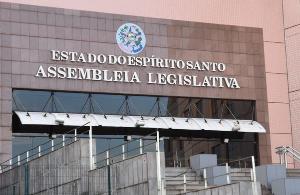 Procuradoria da República pede que não haja recondução de membros da Mesa Diretora na mesma legislatura. Ação contesta normas do texto da Constituição estadual