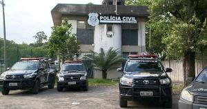 Os policiais localizaram o menor, de 14 anos, na casa da mãe dele, no bairro Novo Brasil, em Cariacica, nesta quarta-feira (22)