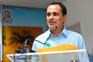 Diagnóstico foi confirmado nesta quinta-feira (29); prefeito está em campanha para tentar se reeleger no município