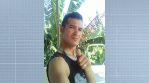 Crime aconteceu na noite desta quinta-feira (25) no bairro Prolar. De acordo com testemunhas, Osvaldo Ribeiro, de 39 anos, foi surpreendido por quatro homens que o cercaram no meio da rua