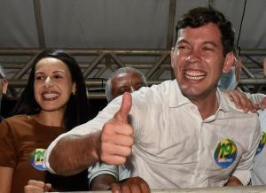 Um dia após ser eleito novo prefeito de Vila Velha, Arnaldinho Borgo (Podemos) falou ainda sobre os projetos para saúde e educação em tempos de pandemia