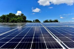 Alguns grupos capixabas fabricam eletricidade capaz de manter uma região de 1,7 milhão de moradores. Boa parte é usada para atender a necessidades próprias, mas uma fatia também é comercializada