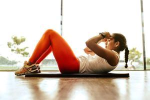 Realizar os treinos em casa ainda é a escolha mais segura de movimentar o corpo segundo especialista