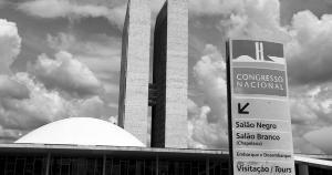 Cada parlamentar custa 528 vezes mais que o salário médio do brasileiro, um absurdo fiscal e ético em momento em que cidadão veem sua renda derreter diante da alta de preços