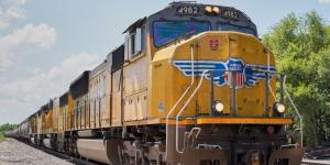 Weaker Shipments Hurt Results at Union Pacific