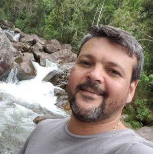 O policial militar da reserva, Mário André Morandi, foi executado dentro de uma padaria em Itapuã, Vila Velha, no dia 7 de julho de 2020. Cinco suspeitos foram detidos