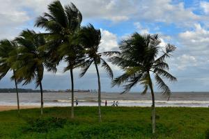 É o que apontam avisos e previsões do Instituto Nacional de Meteorologia e da Marinha do Brasil. Segundo o Incaper, tempo deve seguir estável no Estado