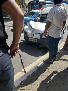 De acordo com informações da Guarda Municipal de Vitória, o motociclista ferido recebeu os primeiros socorros no local por equipes do Samu e em seguida foi encaminhado a um hospital