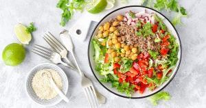 Tomate, linhaça, brócolis, soja, todos são associados em pesquisas com redução da incidência da morbimortalidade da doença