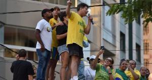 A procuradoria apura indício de excessos por parte de manifestantes, incluindo o deputado Capitão Assumção; ação foi organizada por apoiadores de Jair Bolsonaro