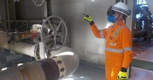 Tecnologia inovadora implementada pela Petrobras permite que profissionais especializados, situados em terra, prestem assistência remota durante a realização de manutenções em plataformas no oceano