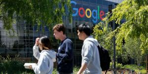 Google Puts Curbs on Political Debate by Employees