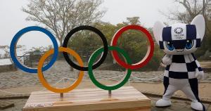 Faltando menos de três meses para os Jogos, marcados para começar em 23 de julho, Japão aumentou medidas restritivas para conter avanço do vírus e não descarta suspender o evento esportivo
