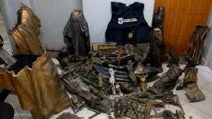 O furto ocorreu no último domingo (22). Os objetos foram localizados em um ferro-velho no município de Campos dos Goytacazes