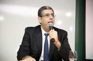 José Carlos Rizk Filho diz que vai ter que fazer sustentação oral virtualmente, 'provavelmente em ambiente hospitalar'. Desembargador entendeu que há outros advogados no caso, que poderiam participar da audiência