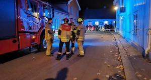 Segundo a polícia, o suspeito foi preso e a ação ocorreu em vários locais no centro da cidade de Kongsberg, com cerca de 28 mil habitantes no sudeste da Noruega