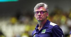O treinador da seleção brasileira testou positivo para o novo coronavírus na última terça-feira. Na sexta, ele apresentou piora e precisou ser internado