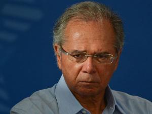 O homem médio brasileiro, que não conhece e não sabe o que significa offshore, talvez encontre dificuldade em justificar a inadequação da continuidade no poder de Guedes e de Roberto Campos Neto