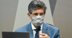 O ex-ministro da Saúde também fez críticas à cloroquina e afirmou que algumas decisões a respeito do medicamento não passaram pelo Ministério da Saúde