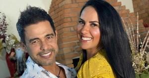 Pai de Wanessa Camargo se irritou com comentário de uma seguidora que o chamou de 'besta'. Zezé se declarou para a noiva capixaba, Graciele, em post no Instagram