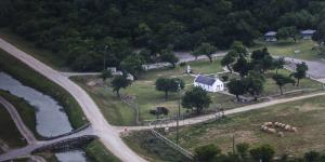 Construction of Texas Border Wall Stalls Over Fights With Landowners