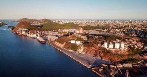 Audiência pública virtual ocorre nesta quinta-feira (4) para explicar como será a nova administração. Leilão de concessão dos portos de Vitória e Barra do Riacho (Aracruz) será em novembro