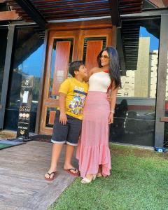 Mileide Mihaile, mãe de Yhudy, decidiu preparar celebração e compartilhar com seguidores