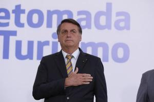 Presidente diz que fez 'a sua parte' no Amazonas diante da pandemia do coronavírus e volta a defender o uso de remédios sem comprovação científica para prevenção da Covid-19