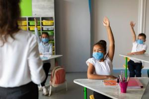 Após o retorno das aulas, pode-se notar pais mais empáticos com seus filhos e também com professores, pois o tempo de isolamento mostrou a eles a importância da nobre missão de ensinar