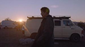 Vencedor do Leão de Ouro em Veneza, o sensível drama social 'Nomadland', de Chloé Zhao, é, por enquanto, o maior favorito à premiação, que acontece em 25 de abril
